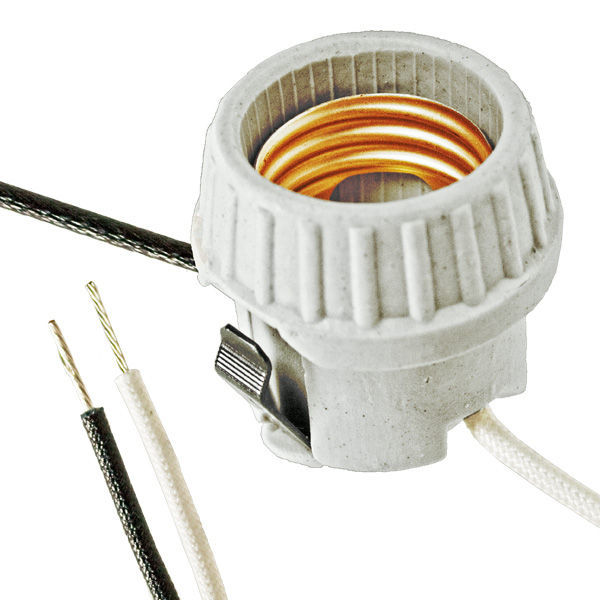 Medium Base Snap-In Socket - PLT L18876 Image