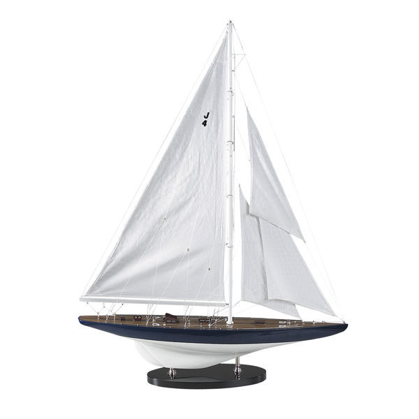 Rainbow 1934 - Handcrafted J-Yacht Replica Image