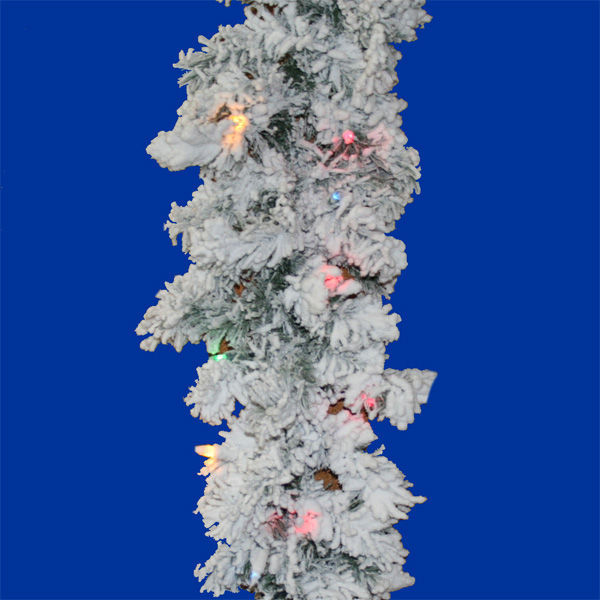 Vickerman A806317 - Flocked Alaskan Image